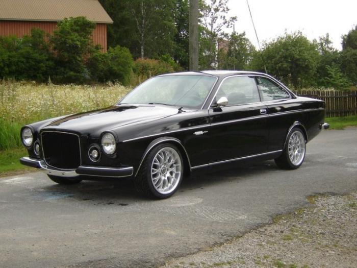 Неожиданный тюнинг. Старый BMW M3 превратили в Volvo (14 фото)