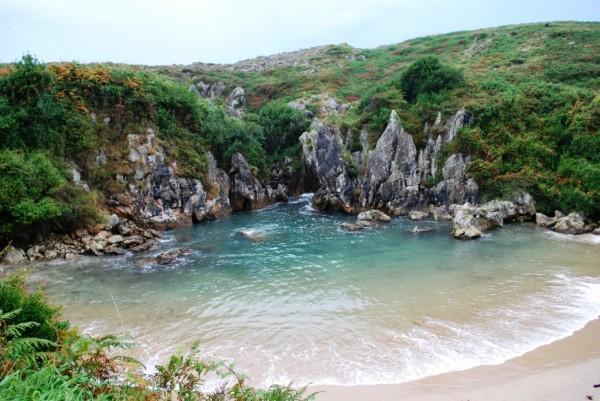 Плайя-де-Гульпиюри – морской пляж без моря (14 фото)