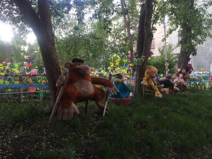 Арт-инсталляции наших дворов (30 фото)