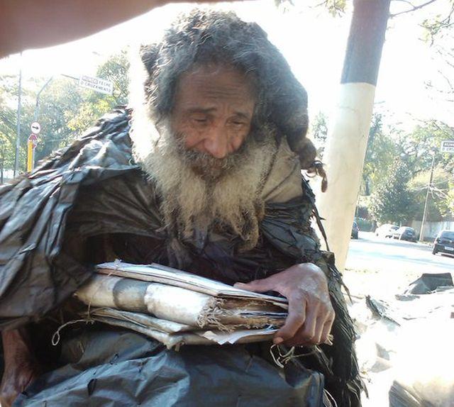 Как бездомный поэт вернулся к нормальной жизни (7 фото)