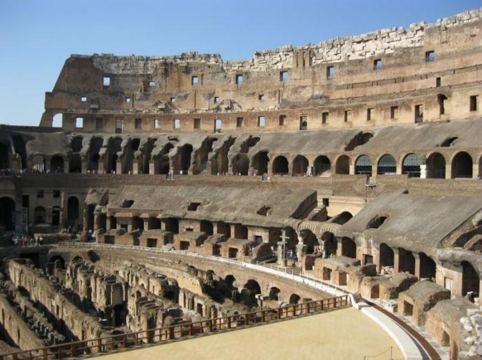 5 древних амфитеатров, сохранившихся до наших дней (6 фото)