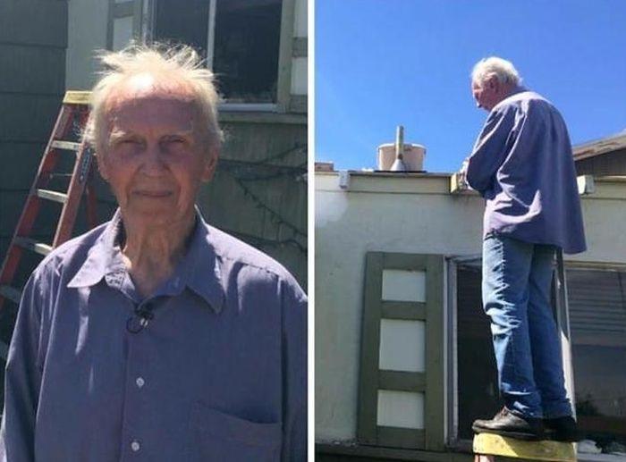 Пенсионеру безвозмездно покрыли крышу (10 фото)