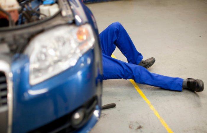 Способы, за счет которых мастера СТО наживаются на водителях (6 фото)