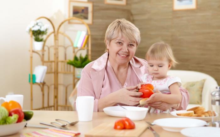 Как подобрать подходящую няню для ребенка (3 фото)