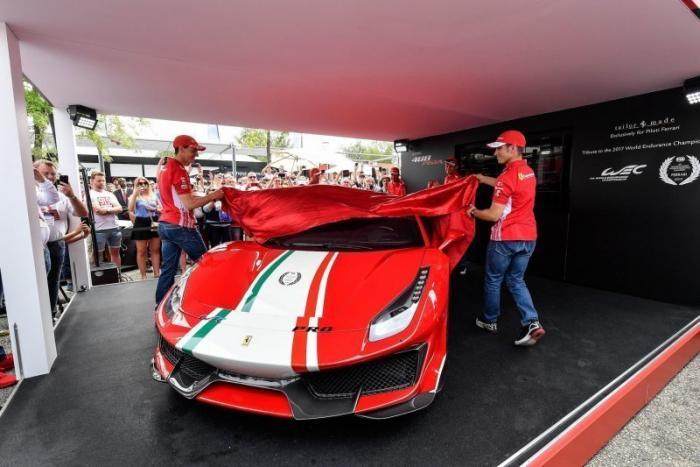Уникальная Ferrari Pista: для тех, кто в деле (14 фото)