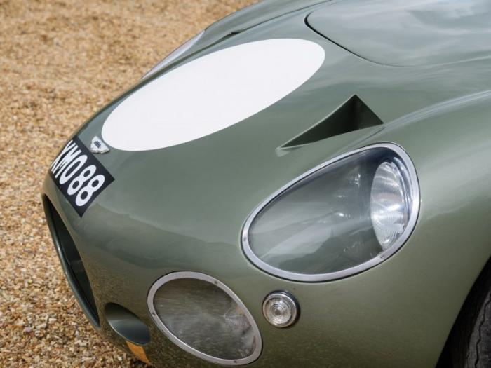 Уникальный гоночный Aston Martin 1963 года (50 фото)