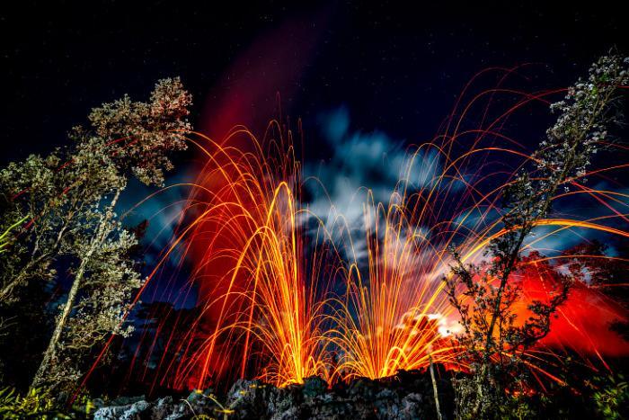Завораживающие кадры извержения вулкана Килауэа на Гавайях