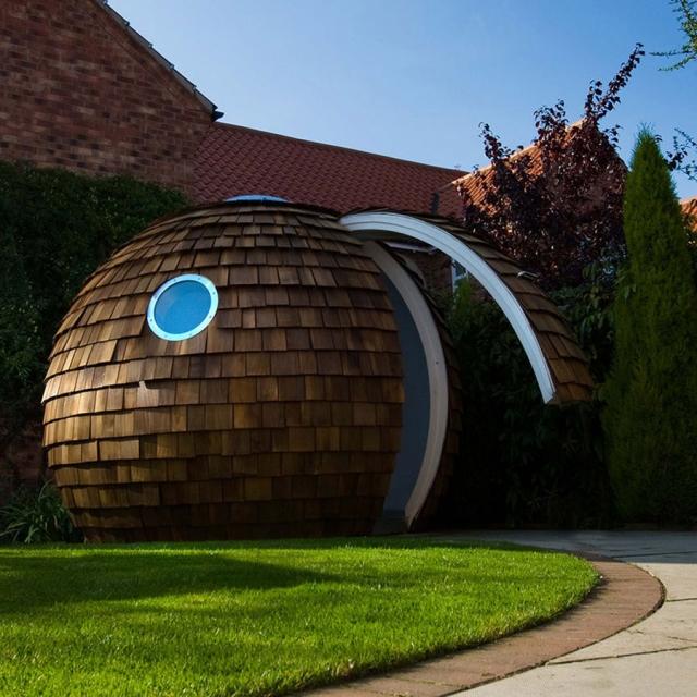 Futuristički ured