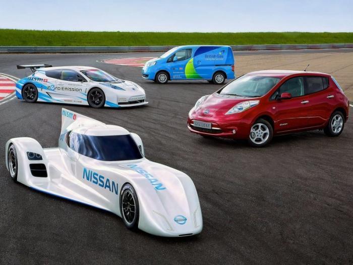 Гонщик, который никогда не увидит гонок: Nissan Leaf Nismo RC (17 фот
