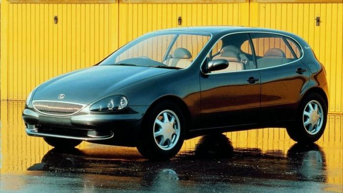 Landau: полноприводный хэтчбек с мотором V8 Lexus (14 фото)