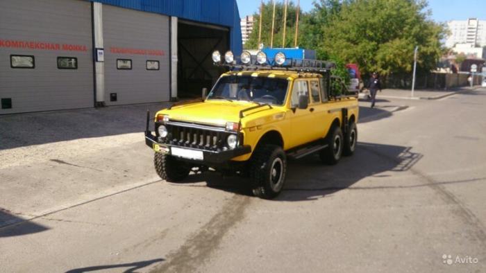 Уникальную «Ниву» LADA 6x6 выставили на продажу в Москве (7 фото)