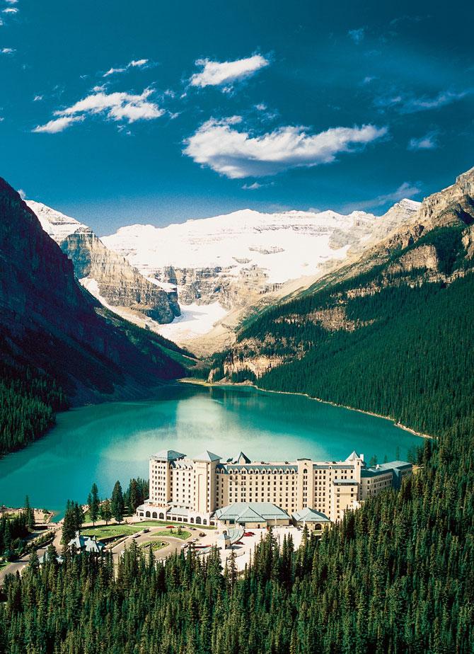 Уникальный отель в канадских горах (22 фото)