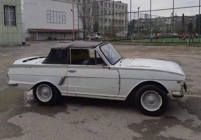 Самодельный кабриолет с двигателем от «Запорожца» продают в Азербайдж