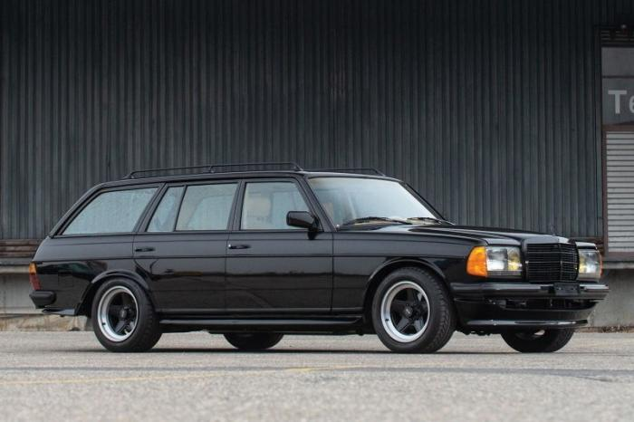 Mercedes-AMG Wagon 1979 - Идеальный