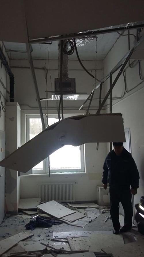 Как вы думаете, что могло стать причиной таких разрушений?  (3 фото)