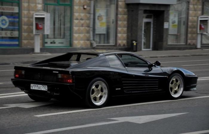 Редкие автомобили в России и их истории: Ferrari Testarossa  (19 фото)