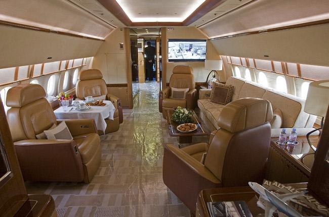 Салоны самолетов, на которых летают богатейшие люди страны  (26 фото)
