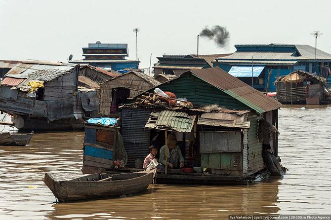 Плавучие деревни озера Тонлесап в Камбодже (28 фото)